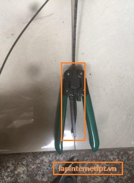 Cách bấm đầu quang Fast connect